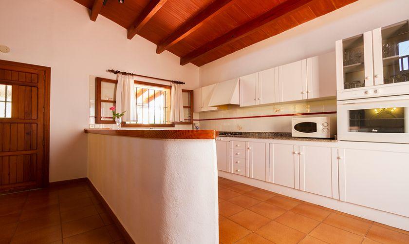 Küche Finca Mallorca für 6 Personen PM 3325