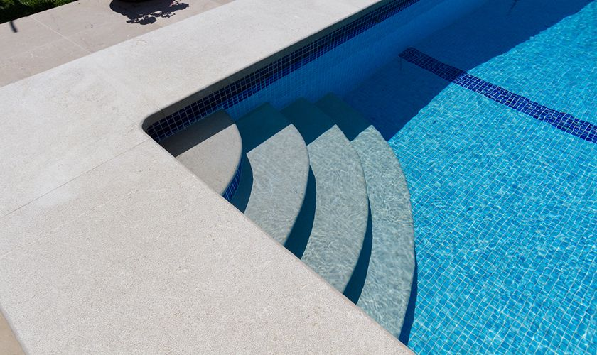 Pool der Finca Mallorca Pollensa PM 3325