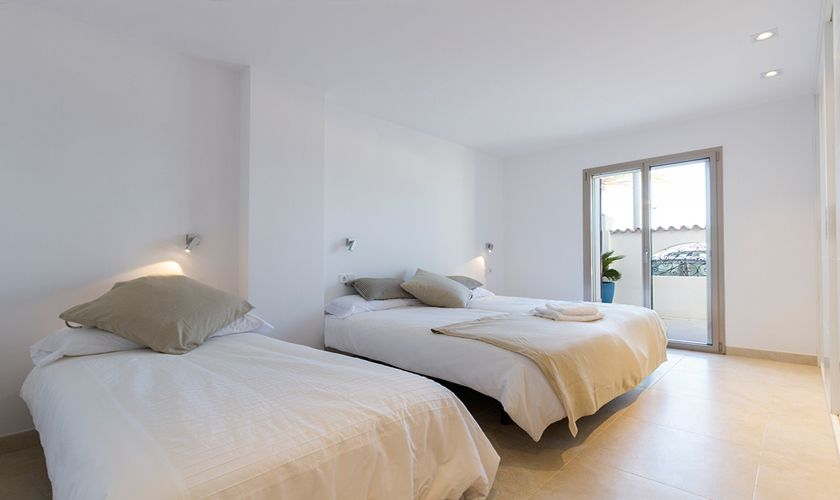Schlafzimmer Ferienhaus Mallorca Strandnähe PM 3327