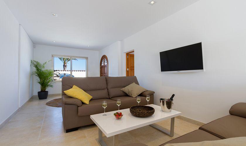 Wohnraum Ferienhaus Mallorca Strandnähe PM 3327