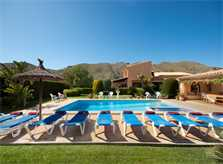 Pool und Liegen Finca Mallorca Pollensa PM 3328