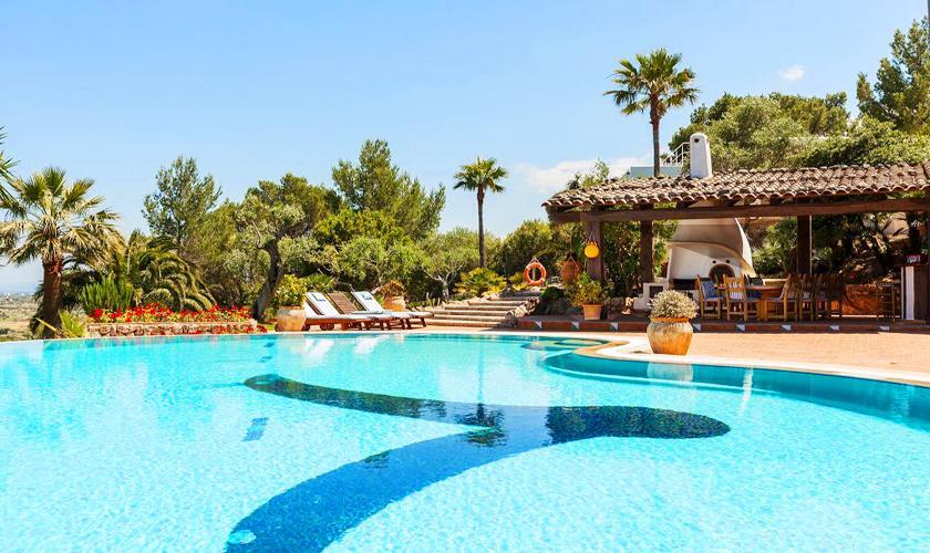 Pool und Terrasse Luxusvilla Mallorca 12 Personen PM 3329