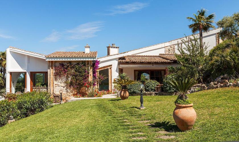 Blick auf die Luxusvilla  Mallorca PM 3329