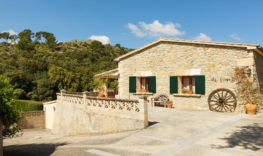 Blick auf die  Finca Mallorca 10 Personen PM 3331