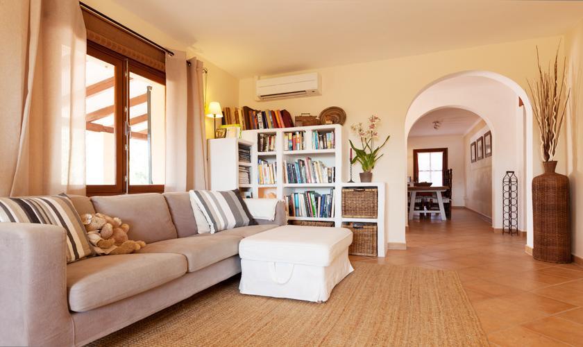 Wohnraum Ferienfinca Mallorca 10 Personen PM 3331