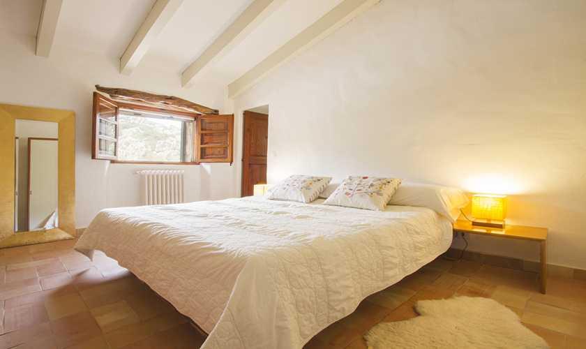 Schlafzimmer Finca Mallorca Norden PM 334