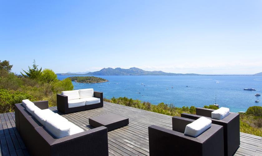 Luxusvilla am meer mit pool  Luxusvilla Mallorca Nordküste ✓direkt am Meer ✓Personal: ☆STEINER