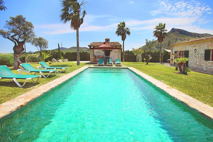 Pool der Finca Mallorca Norden PM 3403 für 6 Personen