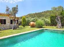 Poolblick Finca PM 3403 für 6 Personen im Norden von Mallorca