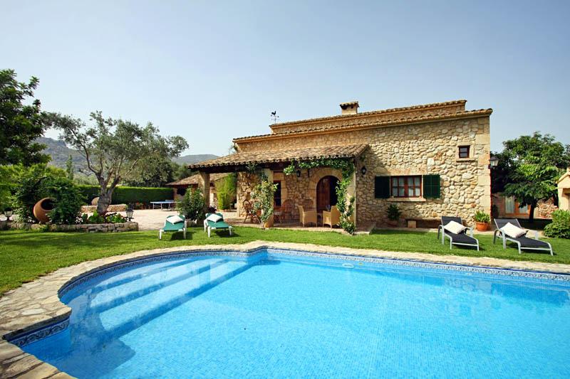 Pool und Finca Mallorca Pollensa PM 3408