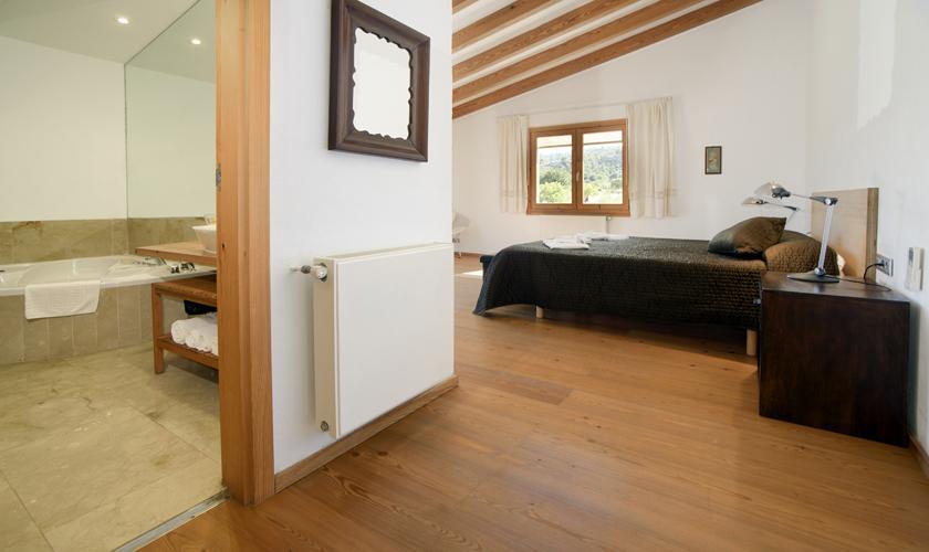 Schlafzimmer Finca  Mallorca 8 Personen PM 3410
