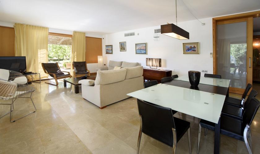 Wohn-Essbereich Ferienfinca Mallorca Norden PM 3410