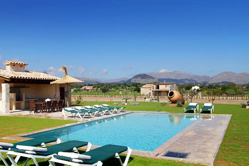 Poolblick Exklusive Finca Mallorca Norden für 10 Personen PM 3412