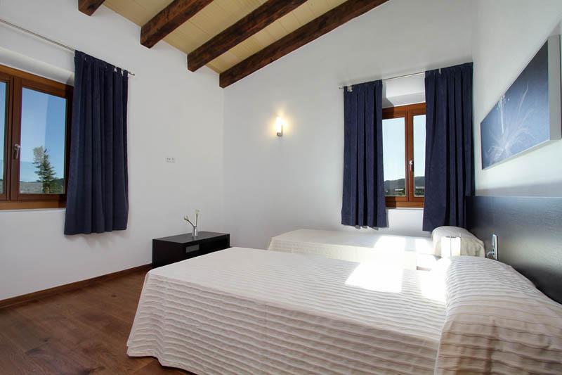 Schlafzimmer Ferienhaus Mallorca Norden für 10 Personen PM 3412