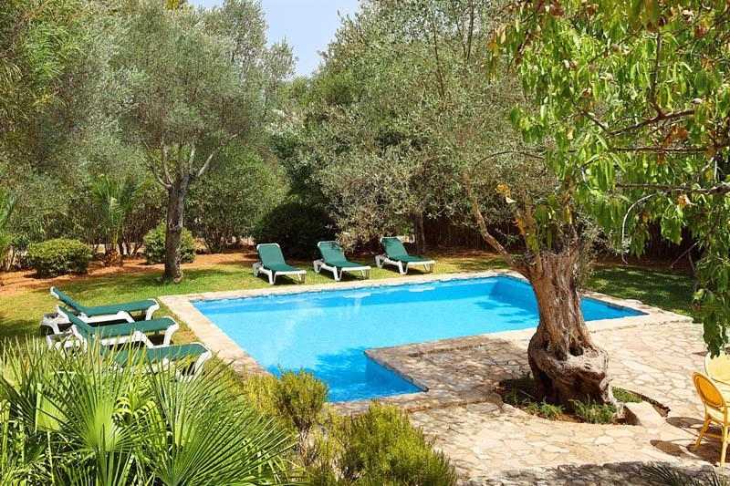 Pool und Garten Ferienfinca Mallorca Pollensa PM 3418