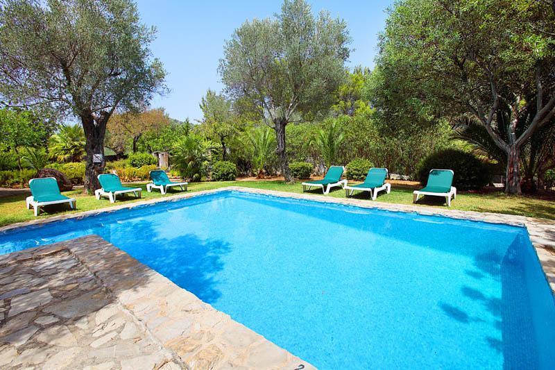 Pool Finca  Mallorca PM 3418 im Norden bei Pollenca