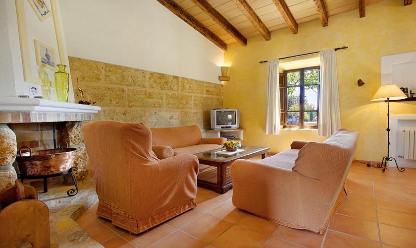 Wohnraum Ferienfinca Mallorca 6 Personen PM 3420