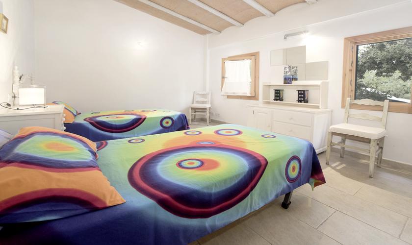 Schlafzimmer Ferienfinca Mallorca 4 Personen PM 3428