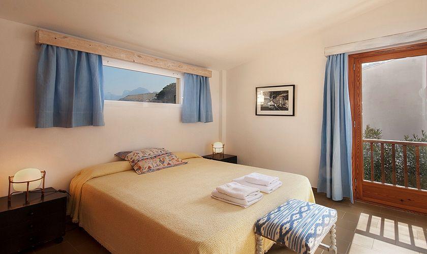 Schlafzimmer Ferienhaus Mallorca Nordküste PM 3489