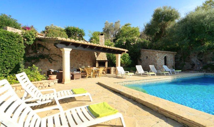 Pool und Terrasse Finca Mallorca Norden PM 3505