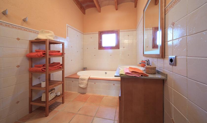 Badezimmer Ferienfinca Mallorca 4 Personen PM 3506