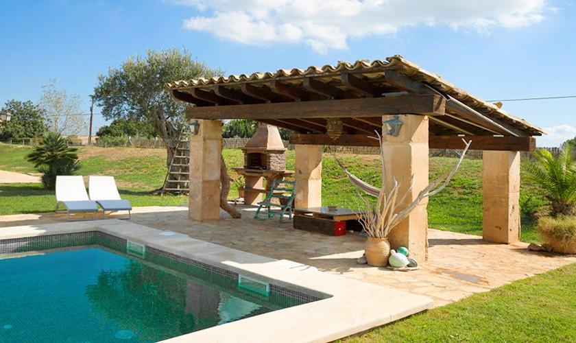 Pool und Barbecue Ferienhaus Mallorca Norden PM 3509
