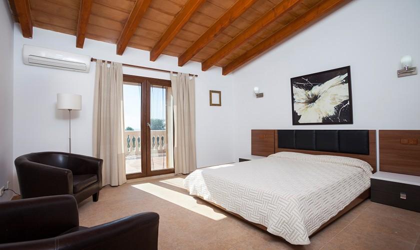 Schlafzimmer Finca Mallorca 10 Personen PM 3511
