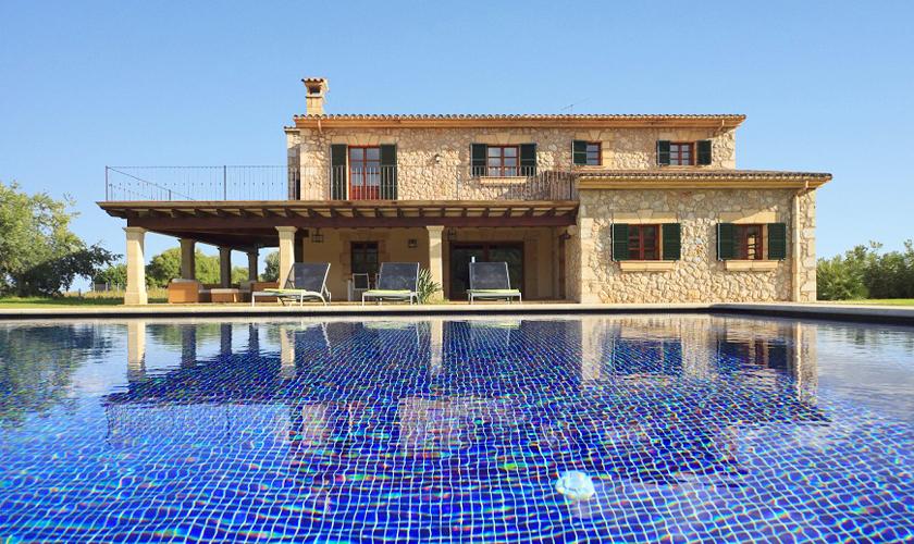 Pool und exklusive Finca Mallorca PM 3512