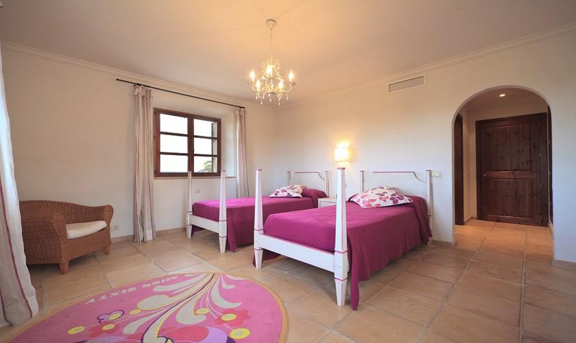 Schlafzimmer Finca Mallorca Norden PM 3512