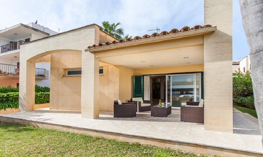 Terrasse Ferienhaus Mallorca Strandnähe PM 3513