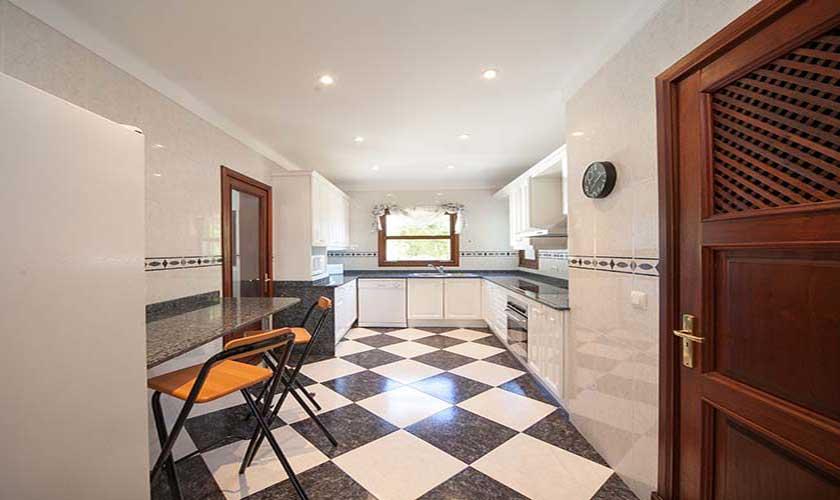 Küche Villa Mallorca Norden PM 3516