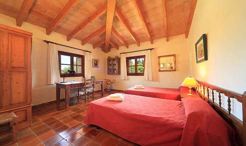 Schlafzimmer Finca Mallorca 4 Personen PM 3517