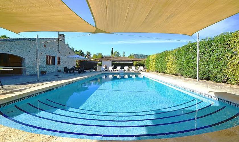 Großer Pool und Finca Mallorca PM 3705