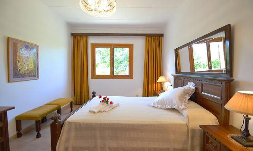 Schlafzimmer Finca Mallorca PM 3705
