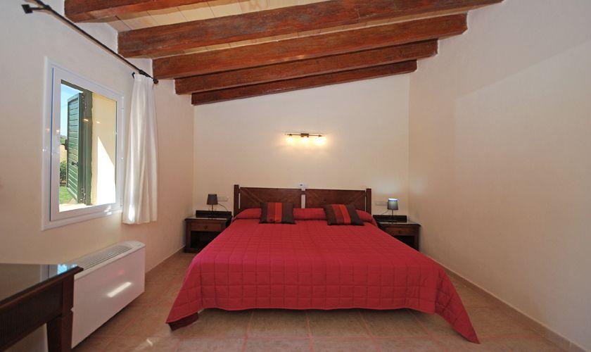 Schlafraum mit Doppelbett Finca Norden Mallorca PM 3708