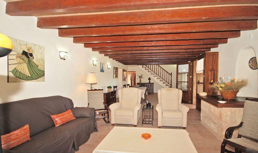 Wohnbereich Finca Mallorca Pool Internet Klimaanlage PM 3708