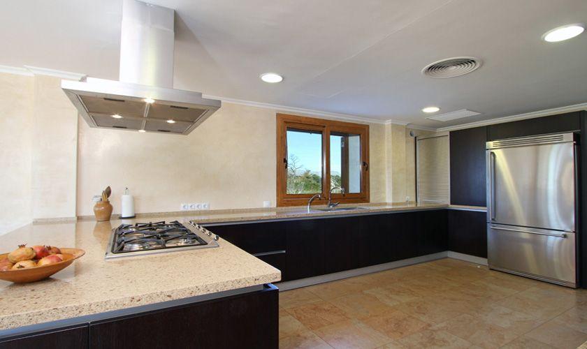 Küche der exklusiven Finca Mallorca Norden PM 370