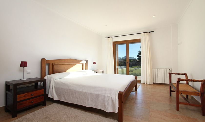 Schlafzimmer Ferienvilla  Mallorca Norden PM 370