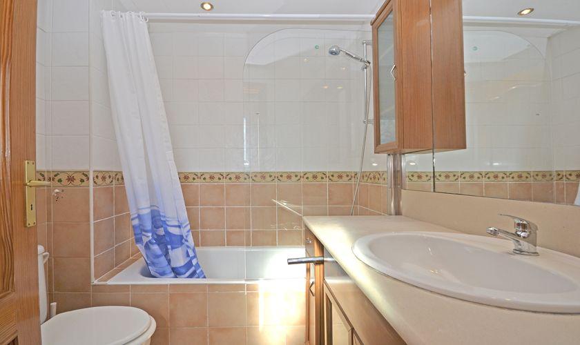 Badezimmer Ferienhaus Mallorca Nordküste PM 3714