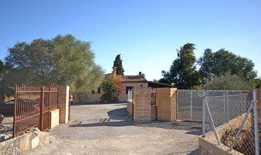 Einfahrt zur Finca Mallorca PM 3716