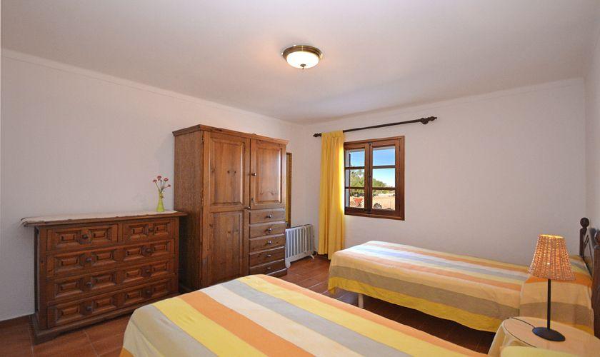 Schlafzimmer Finca Mallorca PM 3716