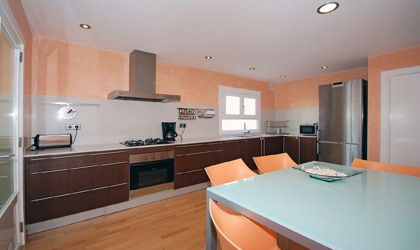 Küche Ferienhaus Mallorca für 8 Personen PM 3717