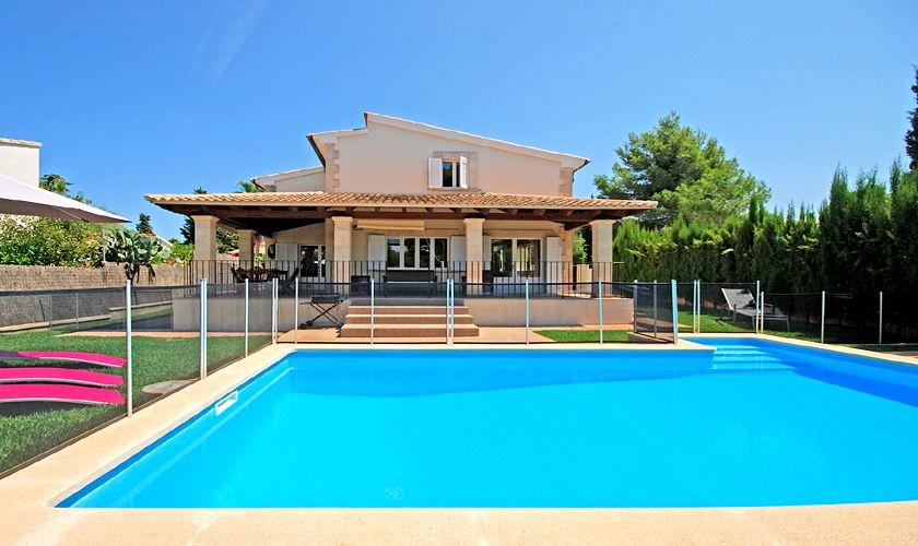 Umzäunter Pool und Ferienhaus Mallorca PM 3717