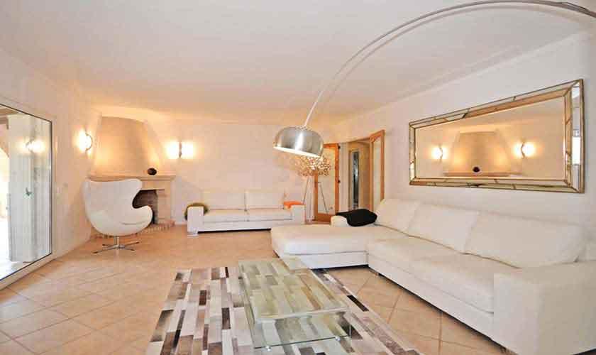 Wohnraum Ferienhaus Mallorca mit Pool PM 3720
