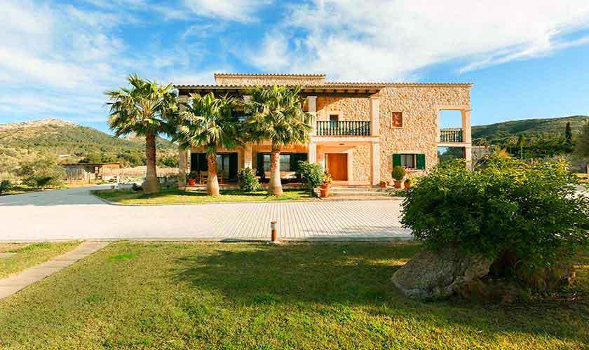 Blick auf die Finca Mallorca Norden PM 3726