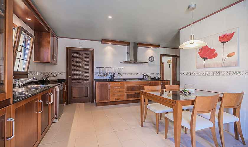 Küche Ferienvilla Mallorca Nordküste PM 3741