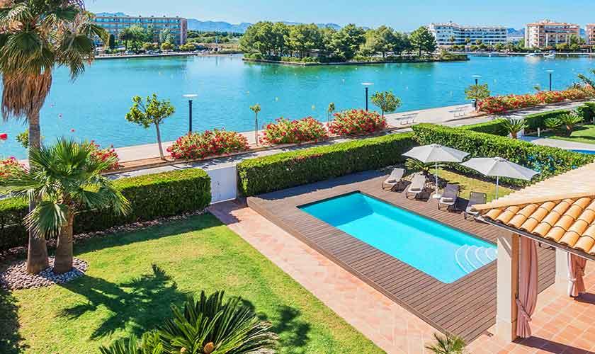 Pool und Seeblick Ferienvilla Mallorca Norden PM 3741