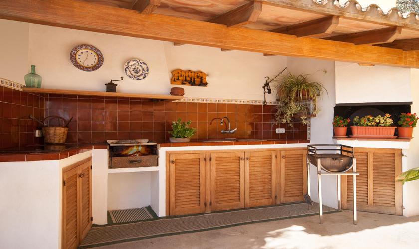 Aussenkueche Finca Mallorca mit Pool PM 3744