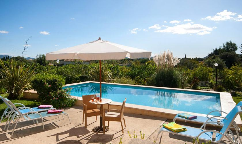 Poolblick Finca Mallorca mit Pool PM 3744
