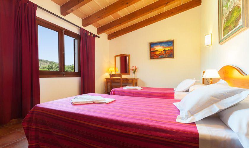 Schlafzimmer Ferienfinca Mallorca 6 Personen PM 3747